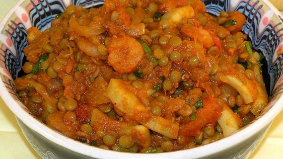 Чечевица карри с креветками и кальмарами, пошаговый рецепт с фото