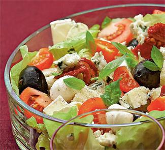 Рецепт Крестьянский салат с сыром