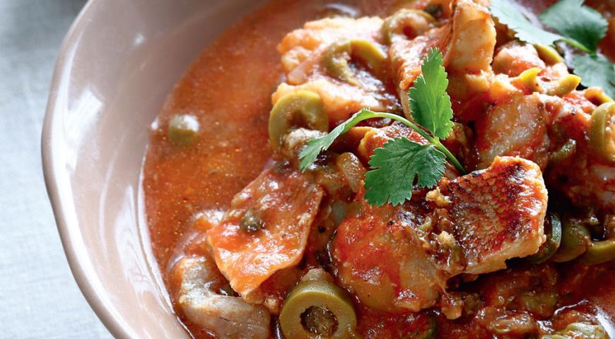 Рецепт Рагу из морского окуня с оливками и каперсами