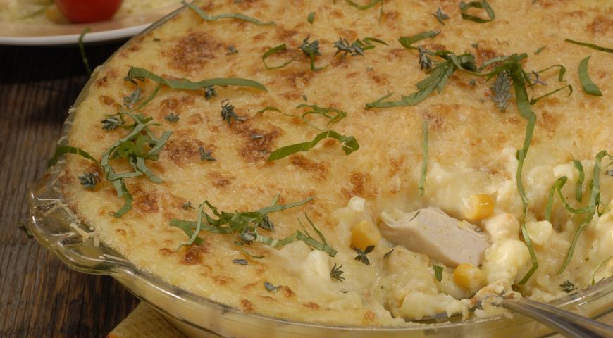 Рецепт Картофельная запеканка с курицей и кукурузой