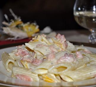 Рецепт Паста сливочная с копченой семгой и апельсином