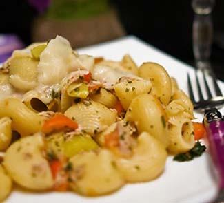 Рецепт Паста с тунцом и овощами
