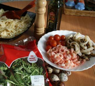 Рецепт Салат Бантики с морепродуктами