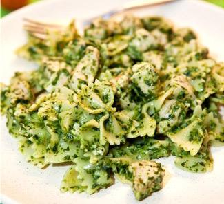 Рецепт Фарфалле с курицей и шпинатом