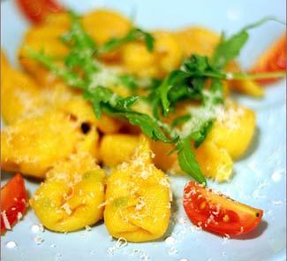 Рецепт Тыквенные равиоли с начинкой из курицы