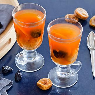 Рецепт Яблочный взвар с инжиром и черносливом в мультиварке