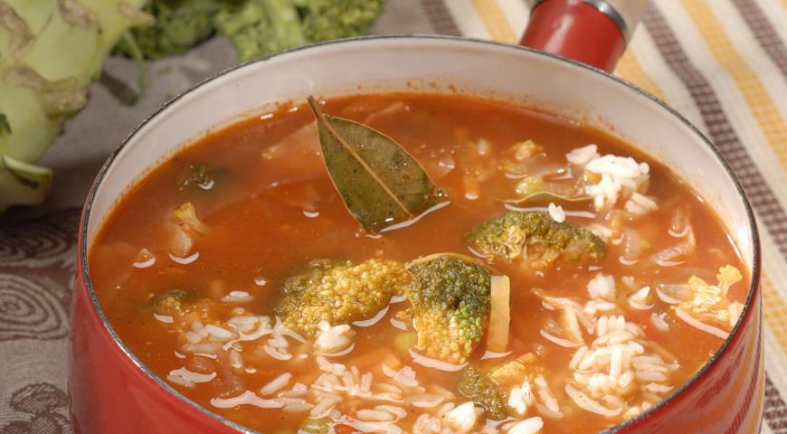 Рецепт Томатный суп с рисом и брокколи