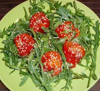 Рецепт Салат с запеченным перцем и кунжутом