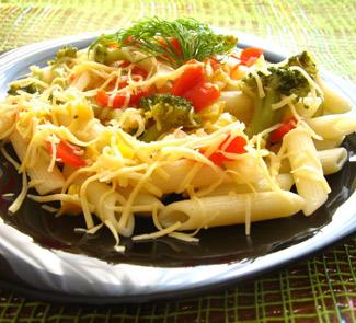 Рецепт Пенне с брокколи, болгарским перцем и сыром