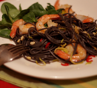 Рецепт Спагетти неро с креветками