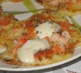 Рецепт Картофельные оладьи с креветками и моцареллой