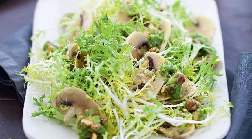 шампиньоны рецепты с грецкими орехами салат