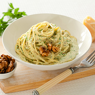 Рецепт Спагетти в ореховом соусе в мультиварке