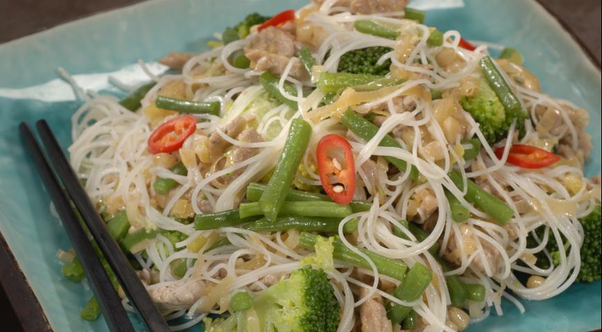 Рецепт Теплый салат со свининой