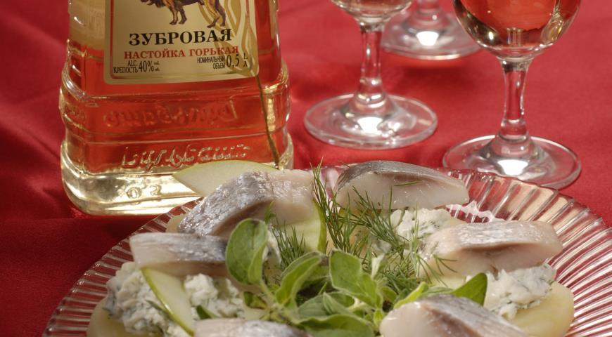 Рецепт Картофельные тарталетки с сельдью