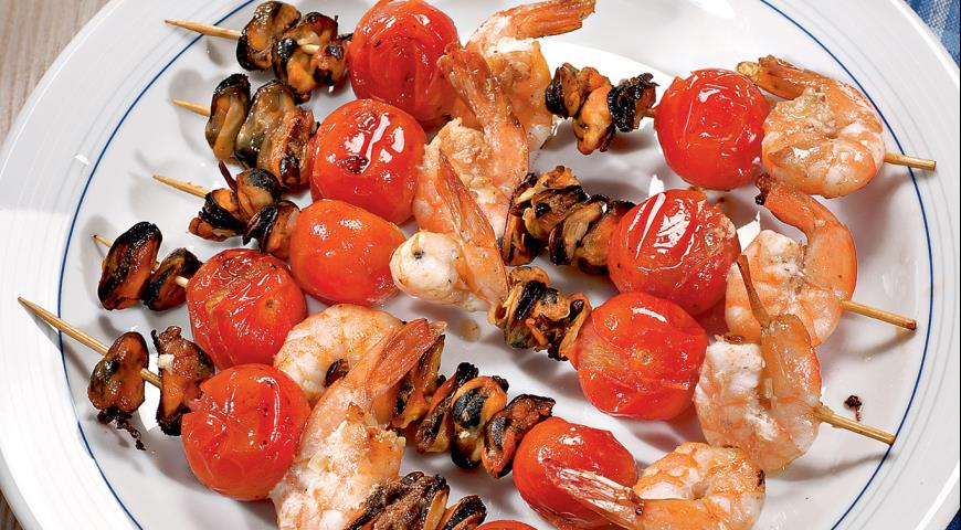 Рецепт Шашлычки из морепродуктов и черри