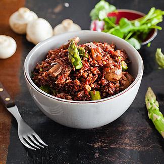 Рецепт Пилав из коричневого риса, спаржи и грибов в мультиварке