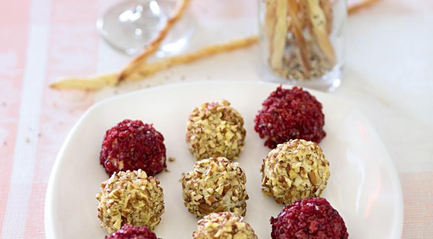 Рецепт Сырные шарики с хлебными палочками