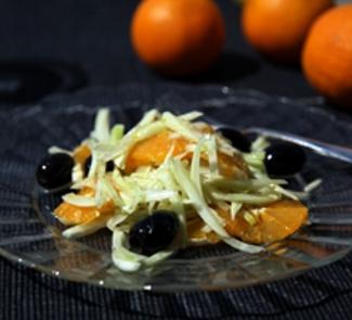 Рецепт Салат из фенхеля и апельсинов с маслинами