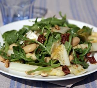 Рецепт Салат из гигантской фасоли со спаржей и заправкой песто