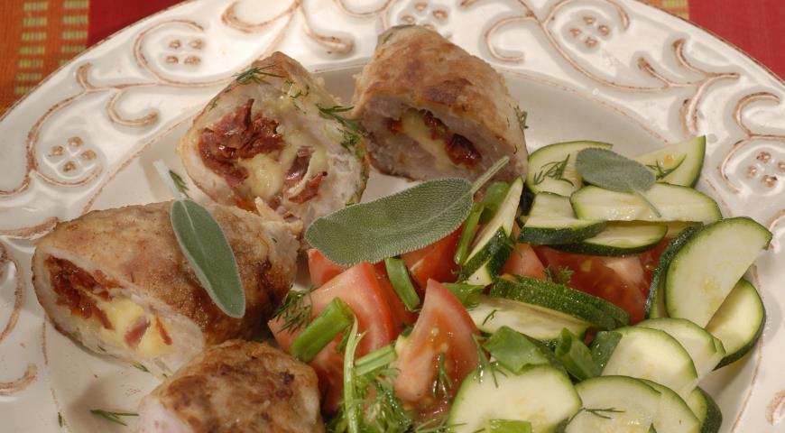 Рецепт Зразы с сыром и вялеными томатами