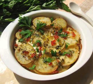 Рецепт Картофельная запеканка с рикоттой, болгарским перцем и травами