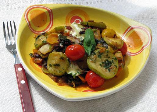 Рецепт Овощное рагу с листьями свеклы и моцареллой