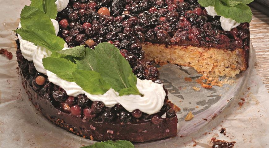 Рецепт Миндальный торт со смородиной