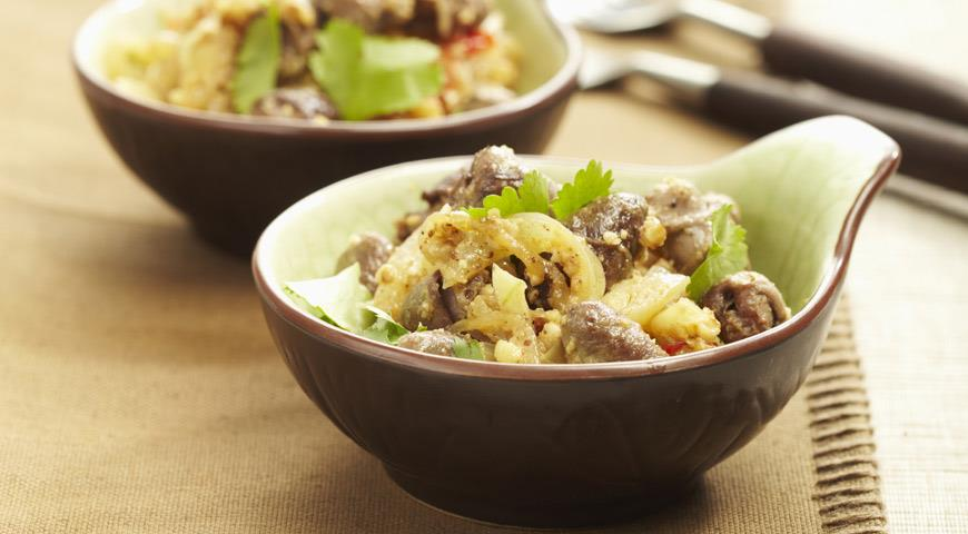 Рецепт Куриные сердечки с грецкими орехами