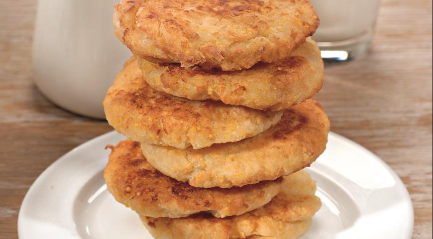 Рецепт Мчади - лепешки из кукурузной крупы