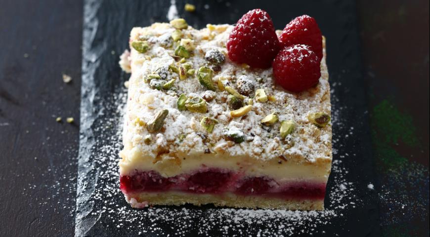 Рецепт Пирог с творожной начинкой и малиной