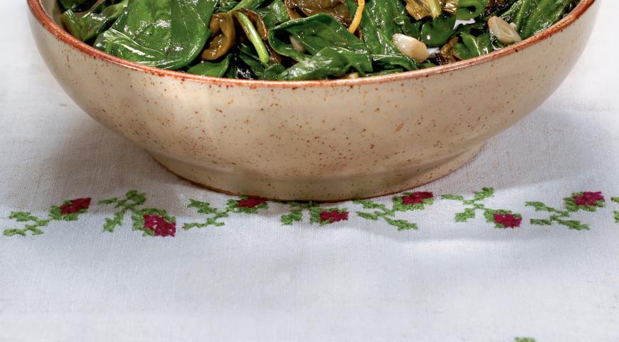 Рецепт Шпинат и щавель в чесночном масле