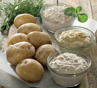 Рецепт Картофель в мундире с тремя дипами