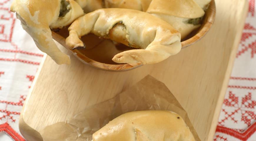 Рецепт Рогалики с фетой и зеленью