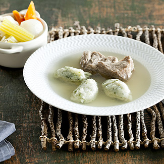 Рецепт Свинина с клецками из петрушки в мультиварке