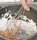Фото приготовления рецепта: Тарталетки с малиной, шаг №4