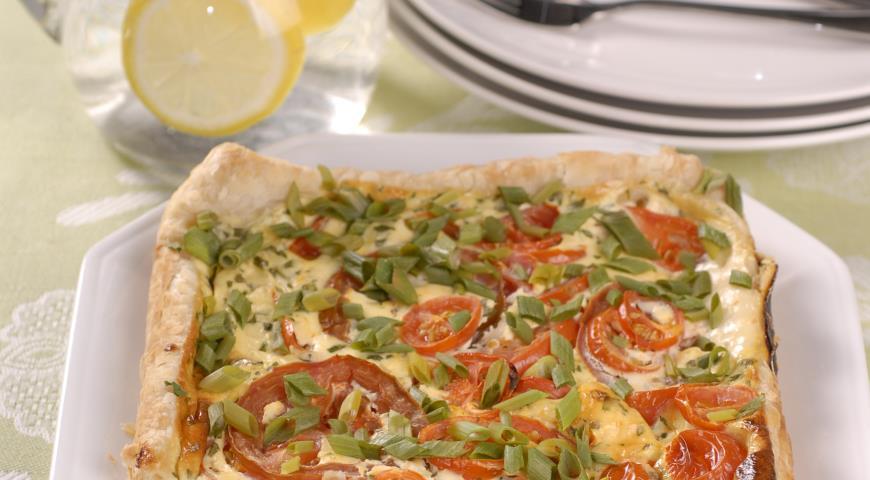 Рецепт Летний пирог с помидорами