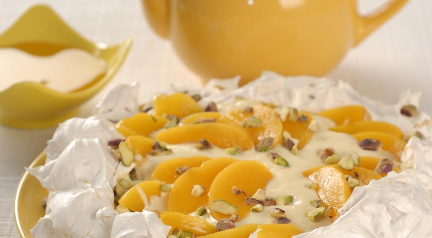 Рецепт Торт Павлова с абрикосами