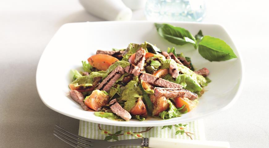 Рецепт Зеленый салат с имбирной заправкой