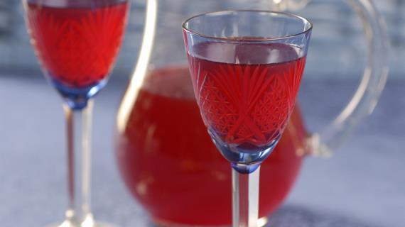 Вино из грецких орехов