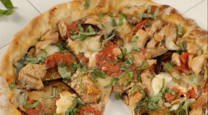 Рецепт Пицца с баклажанами и лососем