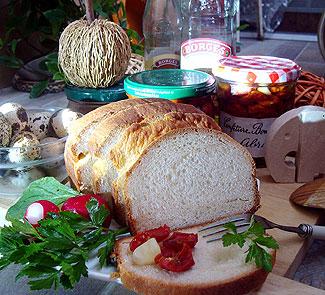 Рецепт Простой хлеб с оливковым маслом и вяленые томаты