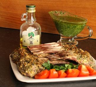 Рецепт Баранья корейка в панцире из фундука и кинзы