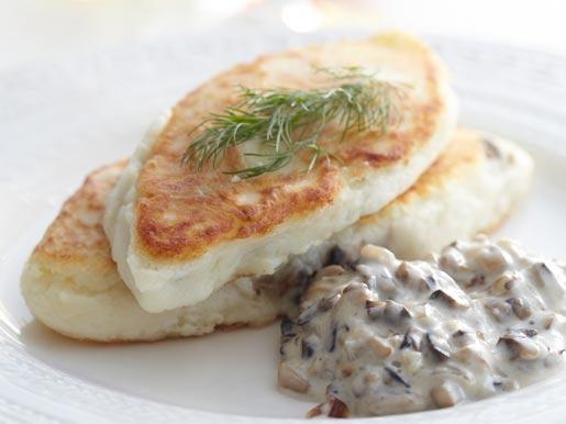 Рецепт Картофельные котлеты с грибной начинкой и грибным соусом