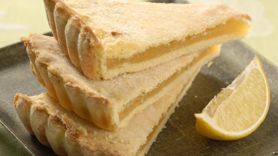Лосось, запеченный с луком и лимоном, пошаговый рецепт с фото