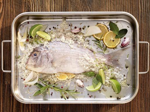 Рецепт Дорада, запеченная в соли
