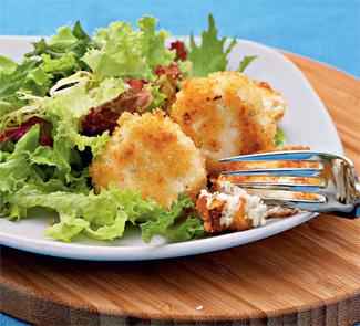 Рецепт Жареный шевр с салатными листьями