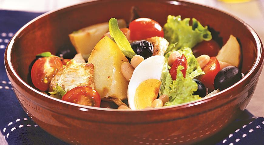 Рецепт Салат с печеным картофелем и белой фасолью
