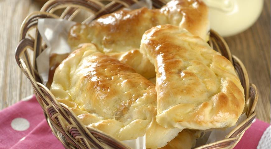 Рецепт Пирожки с квашеной капустой и яйцами