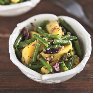 Рецепт Теплый салат из зеленой фасоли с картофелем